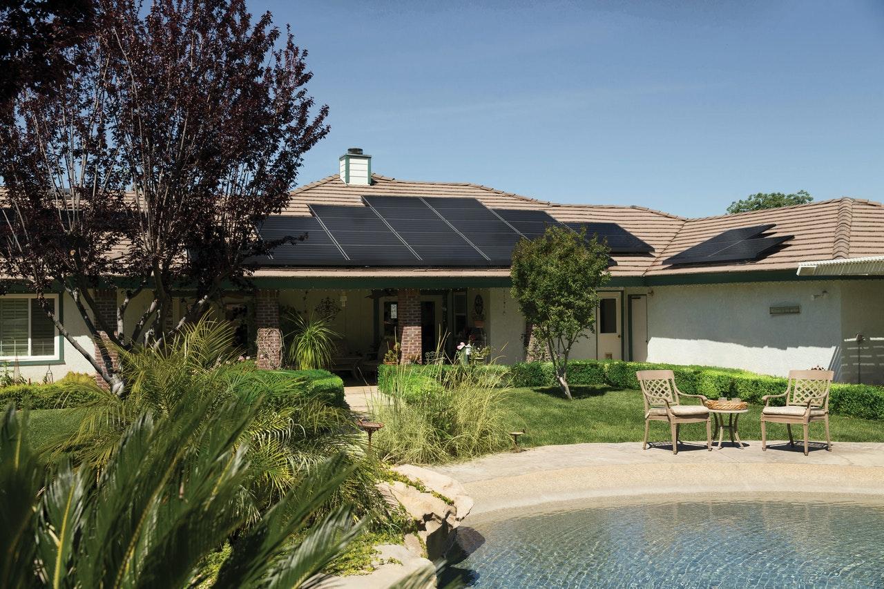 Comprendre l'essentiel sur les panneaux solaires en 5 minutes