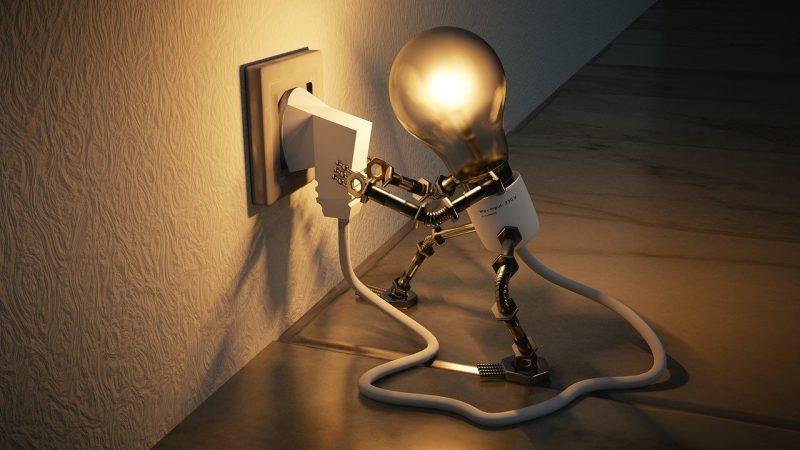 Comment économiser de l'électricité en 2021 : 9 astuces clés !