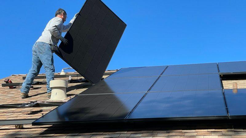 Pourquoi installer des panneaux photovoltaïques sur le toit de sa maison ?