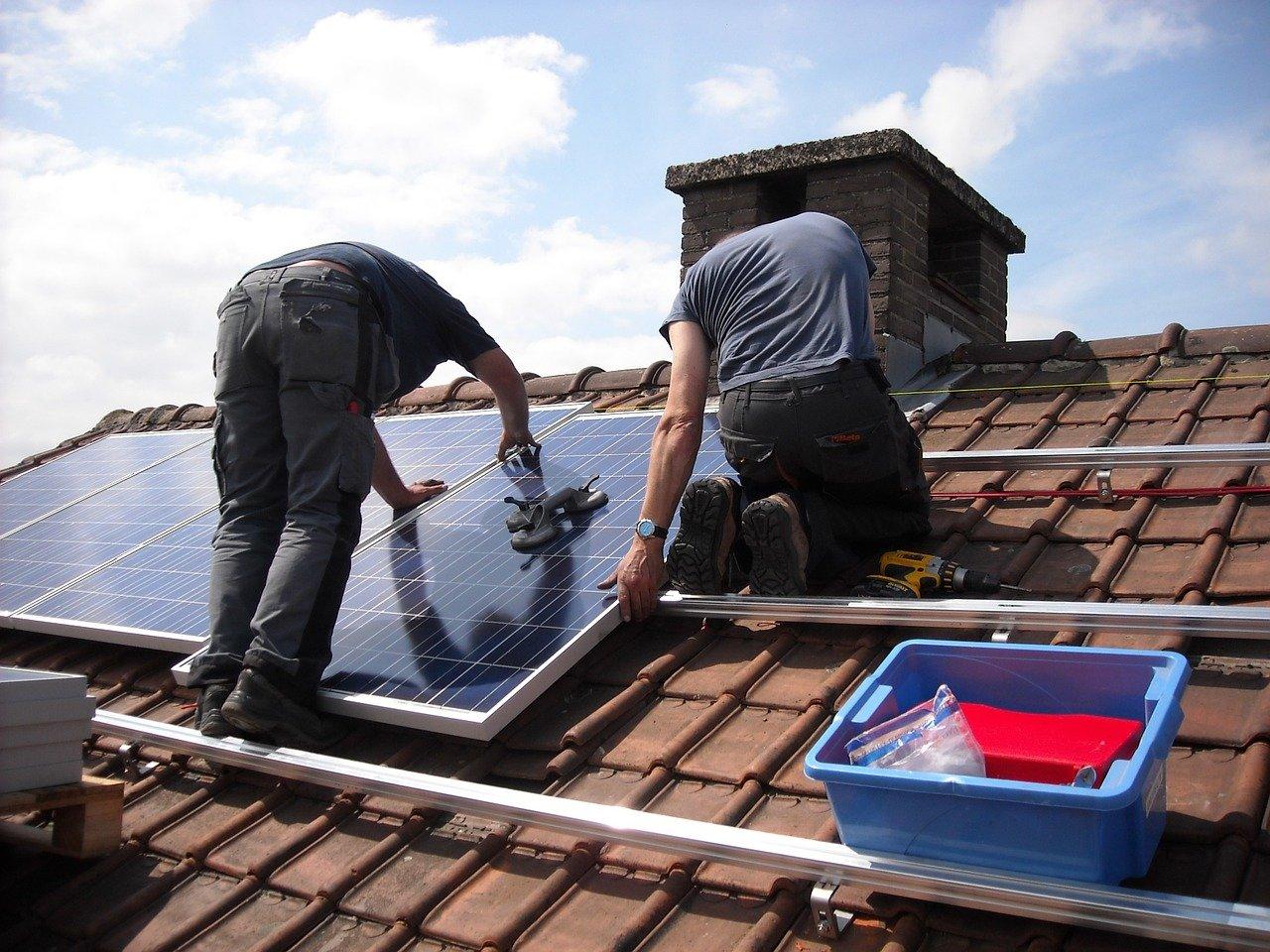 Comment installer un panneau solaire maison ?
